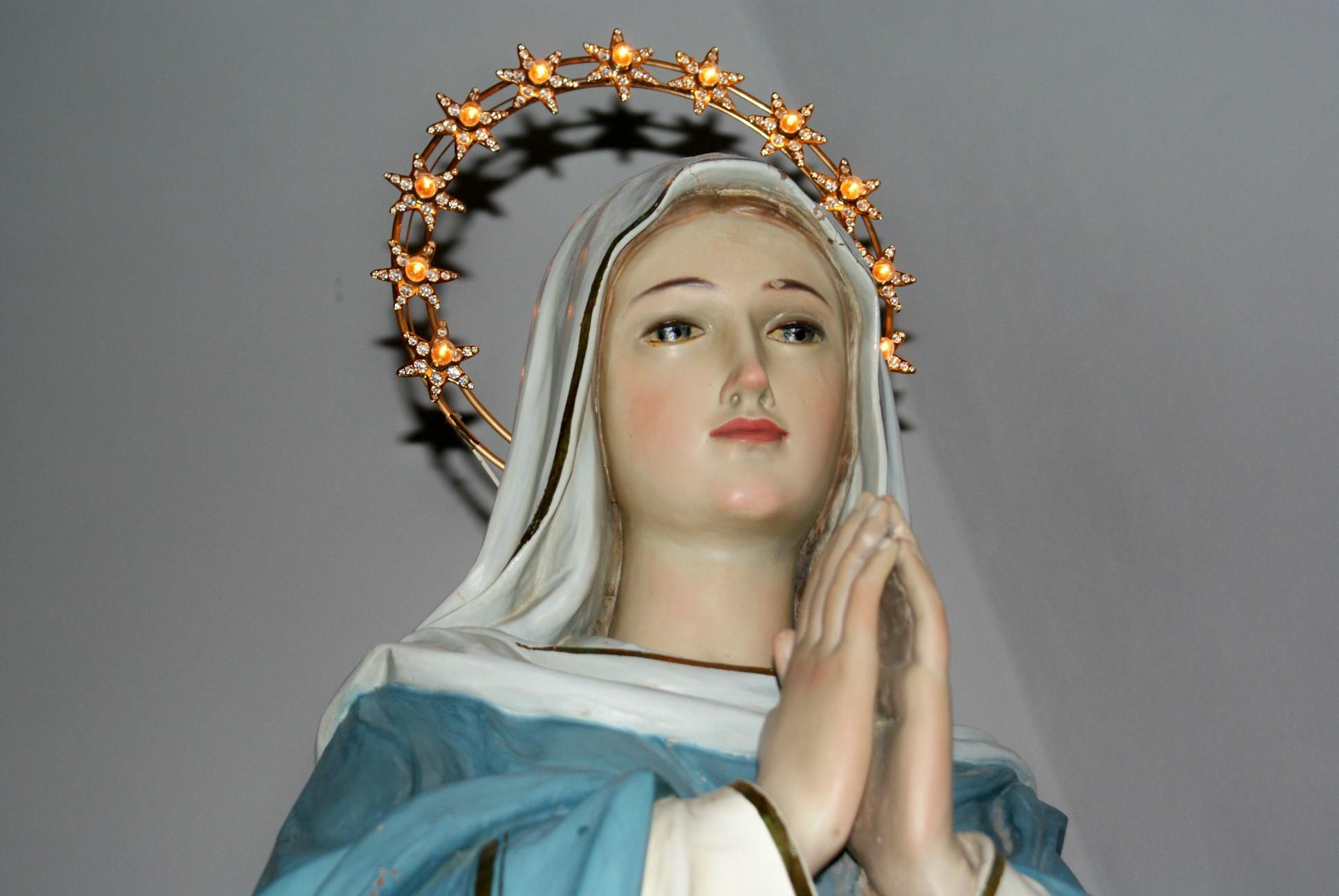 madonna-in-preghiera.jpg